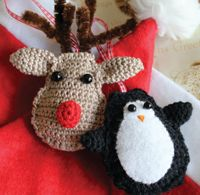 This beginning crochet pattern is quick and easy. Perfect for holiday gifts!