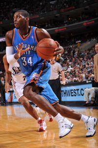 Image from http://slamonline.com/online/wp-content/uploads/2008/11/desmond_mason.jpg.
