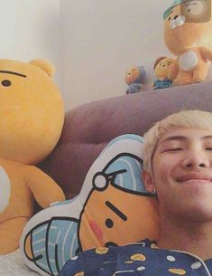 Image shared by Gloria Cruz. Find images and videos about bts, rap monster and namjoon on We Heart It - the app to get lost in what you love. Bts Jimin, Jhope, Bts Selca, Taehyung, Suga Rap, Kim Namjoon, Bts Bangtan Boy, Seokjin, Hoseok