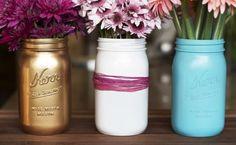 DIY Spray Painted Mason Jars #craft #projects #DIY #masonjar #paint #home #decor