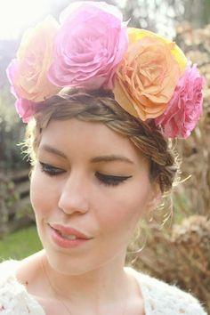 DIY Tutorial DIY Crowns / DIU Coffee Filter Roses + Flower Crown - Bead&Cord