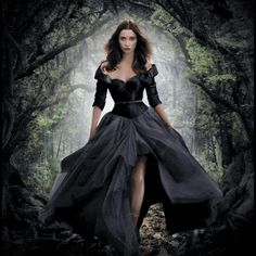 Beautiful Creatures Cinemagraphs http://apps.warnerbros.com/beautifulcreatures/cinemagraph/us/