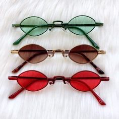 Cute Sunglasses, Round Sunglasses, Sunglasses Women, Sunnies, Cute Jewelry, Jewelry Accessories, Fashion Accessories, Cool Glasses, Funky Glasses