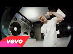 "Eminem Goes ""Berzerk"" in New Music Video"