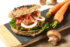 Burger-Brötchen mit schwarzem Sesam » Rohkost