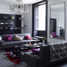 Loving the splashes of colour in this glam set-up