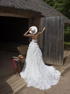 Wedding dress LEONA with long train Royal wedding Sweet Wedding Dresses, Western Wedding Dresses, Luxury Wedding Dress, Perfect Wedding Dress, Boho Wedding Dress, Unique Bridesmaid Dresses, Wedding Dress Long Train, Elegant Wedding, Bridal Gowns