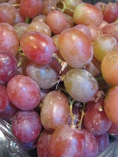dirty grapes: colander in a bowl fill with water 1 T of cornstarch or baking soda mix with hands and rinse