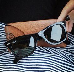 54 melhores imagens de Glasses   Sunglasses, Eye Glasses e Prada ... 3bf28ec1e7