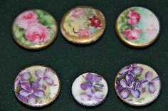 lot-of-6-Victorian-Porcelain-flower-stud-buttons-vintage
