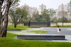佛山良溪保利天悦 / 奥雅设计 L&A Design – mooool木藕设计网 Landscape Architecture, Landscape Design, Opus One, Psychedelic Space, Human Memory, Youth Center, Water Patterns, Small Courtyards, Misty Forest