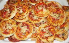 Moje pyszne, łatwe i sprawdzone przepisy :-) : Pizzerinki-puszyste i wspaniałe, mini pizze :-)