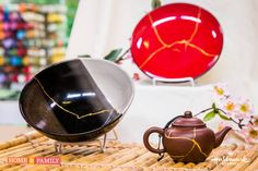 Turn a broken dish into a piece of art with some epoxy, powdered paint pigment and a wood spatula! DIY by Daniel Kucan!  Catch #Homeandfamily weekdays at 10/9c on Hallmark Channel!
