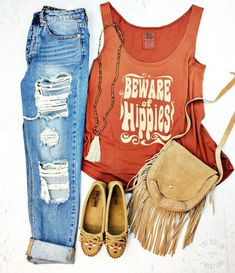 Beware of Hippies Graphic Tank Western Fashion. Hippie Look. Hippie Style, Mode Hippie, Boho Style, Hippie Boho, Hippie Chick, Ethnic Jewelry, Boho Gypsy, Bohemian Jewelry, Summer Outfits