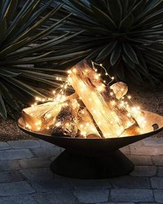 Ebuch: Ein Hygge-Stil Handbuch Hygge furnishing style: New Scandinavian trends - living with classic String Lights Outdoor, Outdoor Lighting, Outdoor Decor, Outdoor Furniture, Outdoor Fire, Outdoor Ideas, Gazebos, Bistro Lights, Backyard Projects