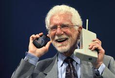 Мартин Купер, изобретатель мобильного телефона, рассказал о своём видении будущего смартфонов