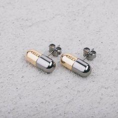 Orecchini con Pillola Oro e Argento Brunito #LifeTherapy #ring #desing #jewellery #rings #MadeInItaly
