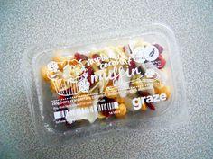 GRAZE GRAZE... GRAZE BOX Graze Box, Raspberry, Almond, Coconut, Container, Food, Essen, Almond Joy, Meals
