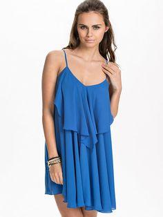 Frill Dress - Nly Trend - Princess Blue - Festklänningar - Kläder - Kvinna - Nelly.com