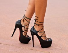 "Lace-up pumps Christian Louboutin ""Ghildarc"" platform and stilettos"