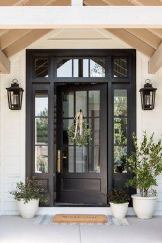 Front Door Planters, Front Door Porch, Front Door Entrance, House Front Door, House Doors, Stone Front House, Front Entry, Front Door Design, Front Door Colors
