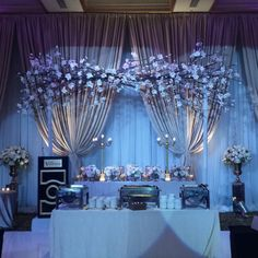 What a wonderful night. Post Wedding, Wedding Photos, Inexpensive Wedding Favors, Decor Wedding, House Design, Ceiling Lights, Weddings, Night, Marriage Pictures