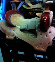 Mike's custom saddles are built just for you and your horse's needs from the tree up. We set our gullet and bar measurements to your horse's body, and we take care in making sure the ground seat meets all of your needs as a rider so both you and your horse have an optimum saddle fit.