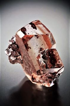 💘💘 Minerals, Crystals & Fossils — Twinned Dolomite with Hematite inclusions - Brazil ! Minerals And Gemstones, Rocks And Minerals, Buy Gemstones, Natural Gemstones, Beautiful Rocks, Mineral Stone, Rocks And Gems, Stones And Crystals, Gem Stones