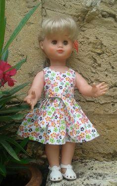 """Enfin, la robe d'août 2016 pour mon Emilie préférée, ma première blonde aux yeux """"noisette"""" !"""