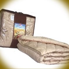 Comforter Camel wool, Ve. Camel, Comforters, Earth, Wool, Hair, Furniture, Home Decor, Homes, Ideas