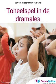 Toneelspel is de meest bekende werkvorm. In veel theatervoorstellingen, films en series wordt toneelspel gebruikt. Deze techniek zal bij de leerlingen ook het meest bekend zijn wanneer zij denken aan acteren of drama. Het is een brede spelvorm, waarbinnen bijvoorbeeld ook theaterteksten gebruikt kunnen worden. Scouting, Musicals, Stage, School, Musical Theatre