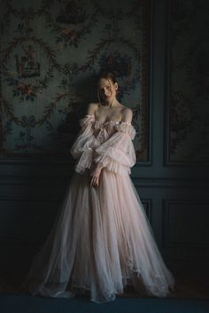 Blush Tulle Wedding Dress and Red Silk Alternative Bridal Gown # Blush # Tulle . - Blush Tulle Wedding Dress and Red Silk Alternative Bridal Gown dress with l - Ball Gowns Prom, Ball Gown Dresses, Tulle Gown, Silk Gown, Tulle Lace, Lace Ribbon, Pretty Dresses, Beautiful Dresses, Fantasy Gowns