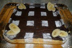 Tarta con crema de chocolate y queso. Ver la receta http://www.mis-recetas.org/recetas/show/41326-tarta-con-crema-de-chocolate-y-queso