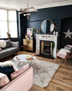 How To Decorate A Grey and Blush Pink Living Room Learn how to combine grey and pink for an amazing living room your guests will fall in love with! Get free tips and ideas for great home decor! - How To Decorate A Grey and Blush Pink Living Room Blush Pink Living Room, Navy Living Rooms, Living Room Lounge, New Living Room, My New Room, Living Room Interior, Home And Living, Modern Living, Blue And Copper Living Room