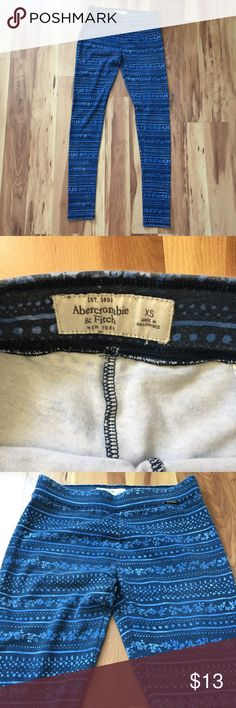 SOLD!! Abercrombie Blue Patterned Leggings Worn 2-3 times, adorable Abercrombie & Fitch patterned blue leggings! Very very light fading on the bottom of each leg. Abercrombie & Fitch Pants Leggings