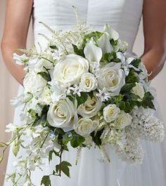 Alternative bridal bouquet ideas see more on flower diy wedding Bride Flowers, Flower Bouquet Wedding, Bridal Bouquets, Orchid Bouquet, Bouquet Flowers, Silk Flowers, Luxury Wedding, Diy Wedding, Wedding Ideas