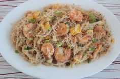 Mihoen met grote garnalen Pasta Noodles, Chinese Food, Fried Rice, Fries, Spaghetti, Asian, Dinner, Ethnic Recipes, Sweets