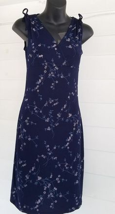 6bcf65bd5e9 size small floral sundress summer navy blue with flowers V neck Sleeveless