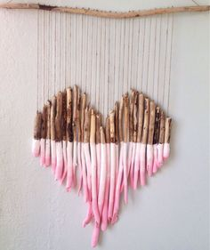 Heart-shaped feelings: The best gift ideas for Valentine's Day - Heart-shaped f. - Heart-shaped feelings: The best gift ideas for Valentine's Day – Heart-shaped feelings: The be - Diy Wall Art, Diy Art, Valentine Crafts, Valentine Day Gifts, Valentines Anime, Craft Stick Crafts, Diy And Crafts, Creative Crafts, Yarn Crafts