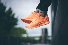 b9ce23ba6b2 Nike Releases Two Tropical-Colored Versions of the Free Inneva Woven Tech SP