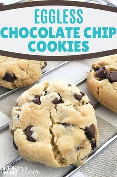 Are you a vegan, have an egg allergy or just want to find eggless desserts that will satisfy your tastes buds? This Eggless Chocolate Chip Cookies recipe will do that! This vegan friendly recipe is no Traditional Chocolate Chip Cookie Recipe, Eggless Chocolate Chip Cookie Recipe, No Egg Cookie Recipe, Eggless Cookie Recipes, Eggless Desserts, Chocolate Chip Recipes, Baking Recipes, Dessert Recipes, Easy Chocolate Chip Cookies Recipe Without Eggs