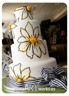 Yellow Daisy Cake from Something Sweet Cake Studio