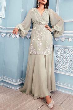 Buy Embroidered Kurta Palazzo Set by Mahima Mahajan at Aza Fashions - Indian designer outfits - Indian Gowns Dresses, Indian Fashion Dresses, Dress Indian Style, Indian Designer Outfits, Indian Fashion Modern, Stylish Dress Designs, Designs For Dresses, Stylish Dresses, Trendy Outfits