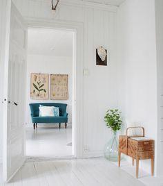 Scandinavian interior - all white interior