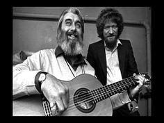 Ronnie Drew and Luke Kelly of the Dubliners. They invented beards! Irish Drinking Songs, Irish Songs, Folk Music, My Music, Scottish Music, Celtic Music, Music Albums, Best Songs, Dublin