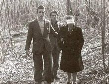 Falsely accused of espionage, the woman was killed and thrown into a karst cave in Belluno. It was September 1944 A six-year-old boy snatched the embrace of her mother by men who falsely accused him of being a spy. A young woman, pregnant, killed and then thrown into a sinkhole