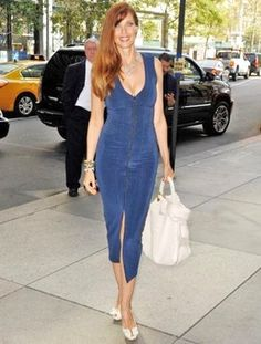 Carol Alt reveals anti-aging secrets: Raw food diet and yoga workouts Carol Alt, Plus Size Fall Outfit, Photo Report, Raw Food Diet, News Health, Raw Food Recipes, New Woman, Yoga Fitness, Supermodels
