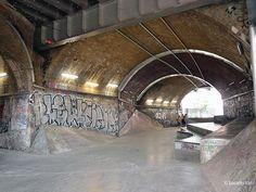 Graffiti, Alley, Arches, Tunnel, Urban wasteland LOC 1949