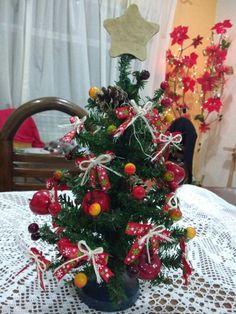 Arbolito navideño de escritorio