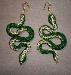 Snake beaded jewelry | Beads Magic Ah, if only I could read or speak Russian....